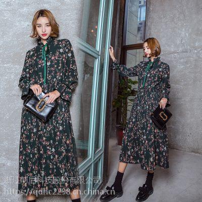 冬春新款女装 墨绿碎花丝绒带长OP连衣裙