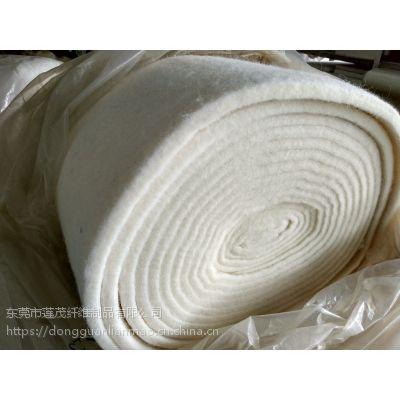 厂家供应 羊毛棉絮片 天然材料大洋洲进口羊毛 床上用品多元化产品材料720g/㎡120cm