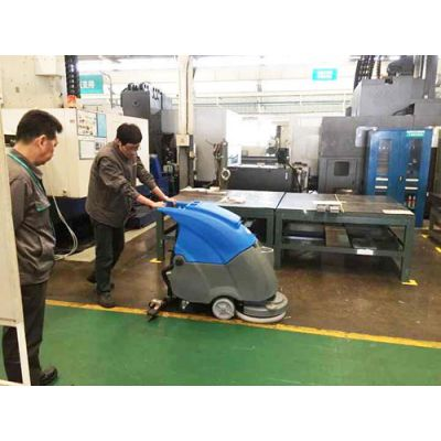 泰安多功能电瓶洗地机,莱芜电瓶式工业洗地机