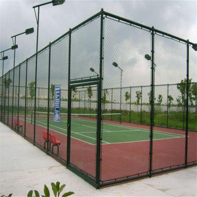 雄丰 学校操场隔离围网 专业安装运动场护拦网 包塑勾花围栏网 可定做
