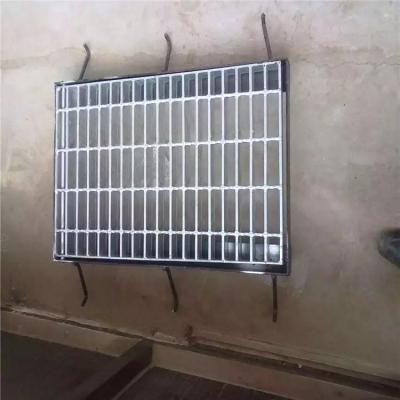 格栅钢盖板 钢格栅盖板 楼梯踏步板尺寸