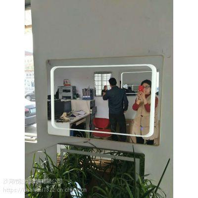 LED智能卫浴镜壁挂镜透光发光圆角浴室镜子酒店卫生间触摸防雾镜