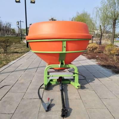 撒播机车载的施肥机 拖拉机后置撒播颗粒肥机 750斤容量的追肥器