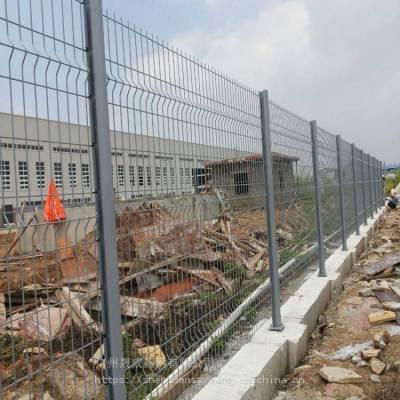 开发区临建桃型柱栏网价格 江门厂区隔离围挡 湛江桃型柱隔栏