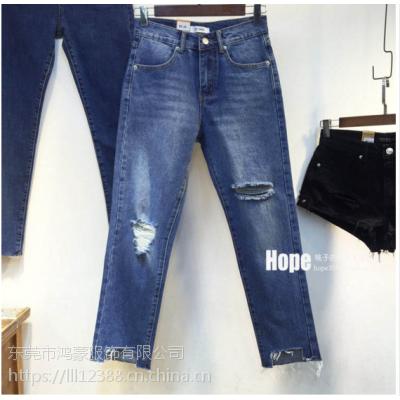 新款时尚2018牛仔裤大量新款牛仔裤低价新品直批10元女款牛仔裤大量尾货特价地摊货源