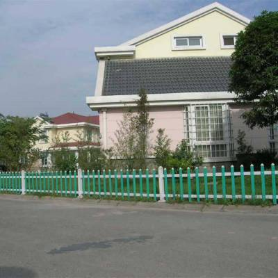 广东云浮新兴塑钢变压器护栏 塑钢庭院护栏 pvc护栏图片