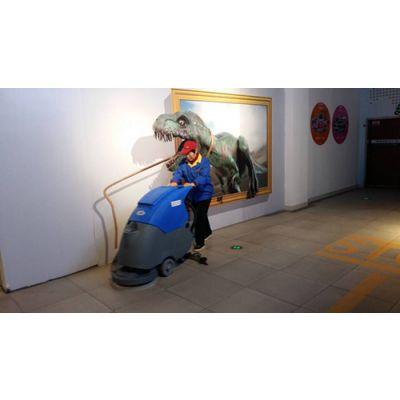 泰安全自动洗地机电瓶式,莱芜电瓶手推洗地机