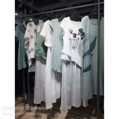 五道口服装市场笛呐9元女装加盟店时尚女装批发一手货源简约T恤多种款式