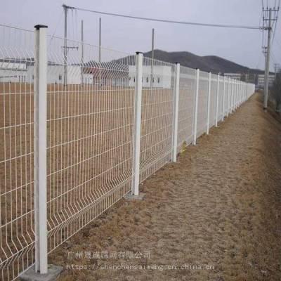 韶关桃型柱隔离护栏网 双折弯铁丝网有现货 湛江桃型柱围栏