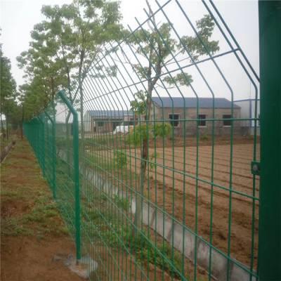 六安围墙护栏网 圈地用绿网 便宜的铁丝网哪里有卖
