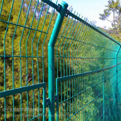 折弯现货供应 合肥浸塑隔离栅 马路牙隔离网