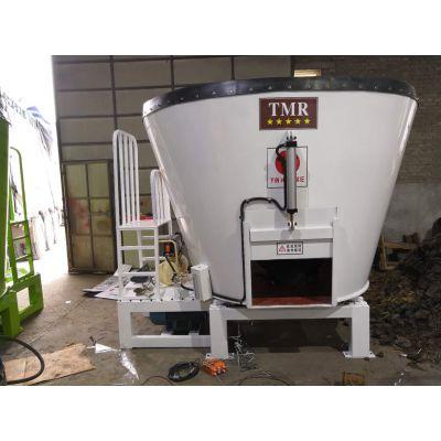牛羊规模化养殖TMR饲料搅拌机