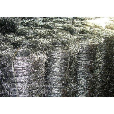 圈草场用镀锌刺线生产厂家联系:15131879580