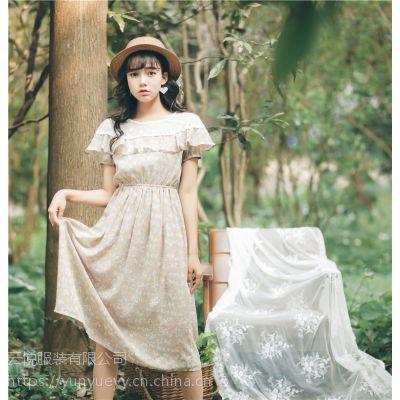 女装碎花连衣裙松紧腰公主裙蕾丝长裙厂家便宜批发几元钱