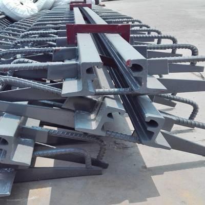 伸缩缝安装 板式桥梁伸缩缝