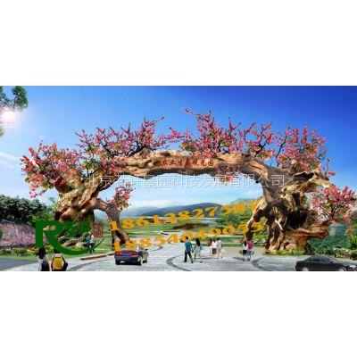 供应水泥仿木护栏景观制作、仿真树大门景观制作