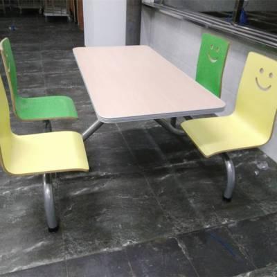 龙岗学校食堂餐台 学生餐桌椅厂家价格