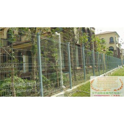 上海三角折弯护栏网厂,三角折弯护栏网,润程专注10年(多图)