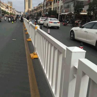 珠海大街道路护栏网现货 机动车安全隔离栅 广州城市交通护栏
