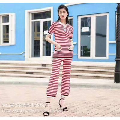 成都荷花池女装批发小妞你好广州白马服装批发网中国服装品牌加盟网