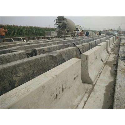 供应水泥隔离墩模具 预制隔离墩模具 厂家直销
