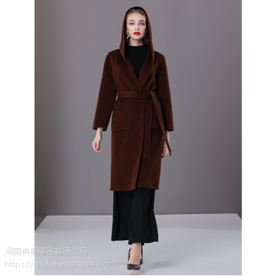 楚贝尔2018冬季阿尔巴卡羊驼绒带帽中长款双面羊毛大衣毛呢外套女