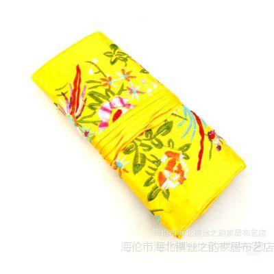 厂家定制大量批发中式绣花传统小鸟花首饰包