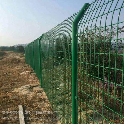 围栏网 工地防护隔离网 圈地铁丝网