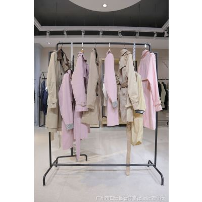 艾诗唯衣品牌折扣女装外套其他红色深圳女装折扣店加盟