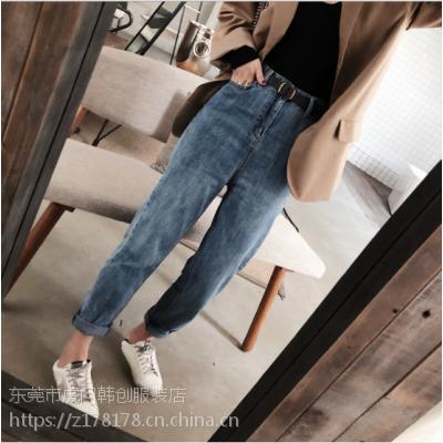 韩版秋冬女装牛仔裤批发哪里有好看的女装牛仔裤批发地摊牛仔裤几元供应