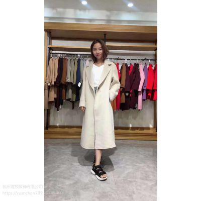 西北商贸中心品牌折扣女装店加盟女装品牌折扣店一件代发貂绒连衣裙