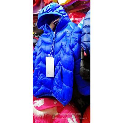 广东冬季便宜轻羽绒纯色棉服批发 赶集甩卖女装童装外套批发 外贸便宜女装棉服批发