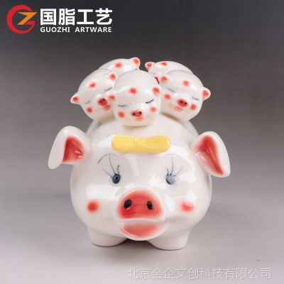 树脂工艺品定制 中国风桌面摆件仿陶瓷小猪树脂摆件来图定做