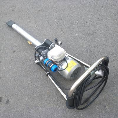 电动捣固机用于建筑施工时的混凝土浇注和铁路工务维修过程中捣实轨枕下面的石喳