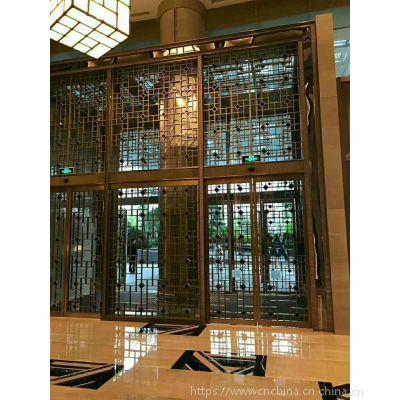 商业街道烤漆铝合金花格供应厂家,木纹铝护栏设计定制