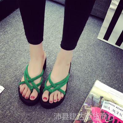 夏季新款韩版时尚外穿厚底坡跟松糕防滑女式夹角人字沙滩凉拖鞋潮