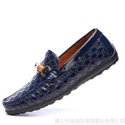 新款男士休闲皮鞋男舒适透气头层皮套脚男鞋子驾车豆豆鞋厂家直销