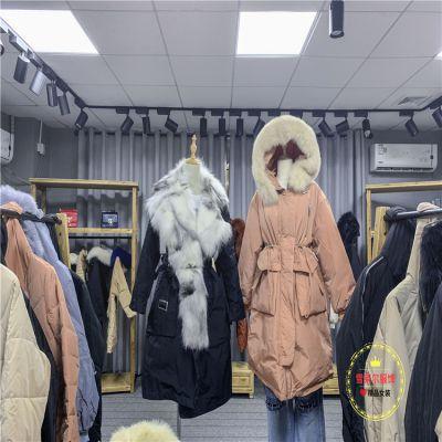 大牌折扣店雪罗拉时尚短款羽绒服广州女装组合包拿货渠道多种面料新款组货包