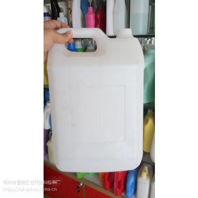 河南塑料瓶10升车用尿素桶 10公斤车用尿素壶