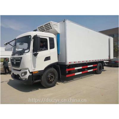 东风天锦中大型冷藏车,7.8米带隔温板保温车