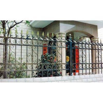铁艺围栏销售 巨煜金属 铁艺围栏多少钱 供应铁艺围栏图片