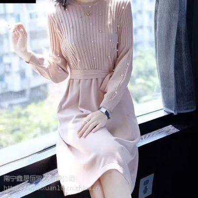 广西南宁时尚品牌折扣女装尾货批发 毛衫连衣裙套装女装 批发走份