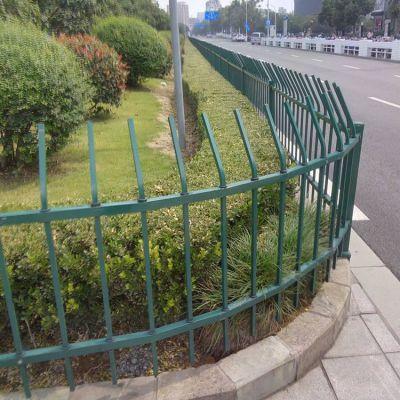 批发喷塑锌钢草坪防护栏 文化景观草坪护栏 pvc花园园艺草坪护栏