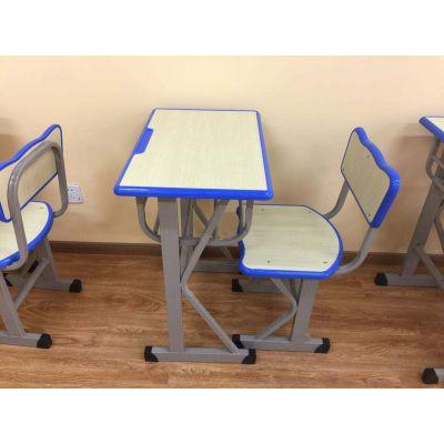 学生课桌椅种类繁从几方面来正确挑选