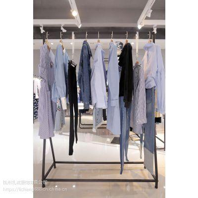 拉夏贝尔女装代理哪个品牌好女装 品牌连衣裙折扣特价尾货深蓝色小西装