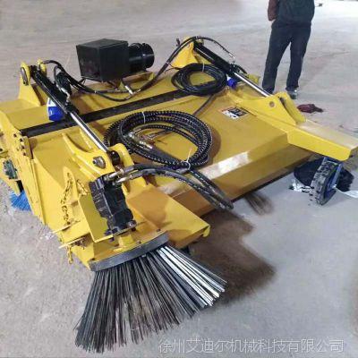 柳工滑移装载机配徐州封闭式清扫器 50装载机铲车配置前进式清扫