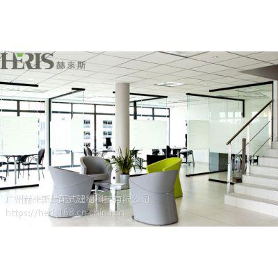 办公室装修中使用什么玻璃隔断比较好?