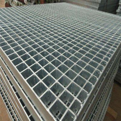 自清洁网格板 钢格板现货 楼梯踏步板