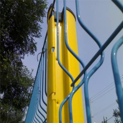 双边丝护栏网 2道加强筋折弯护栏网 阜阳隔离护栏网价格 厂家