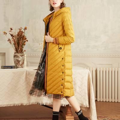 上海高端品牌宝莱国际羽绒服折扣女装批发 广州女装品牌折扣直播进货渠道